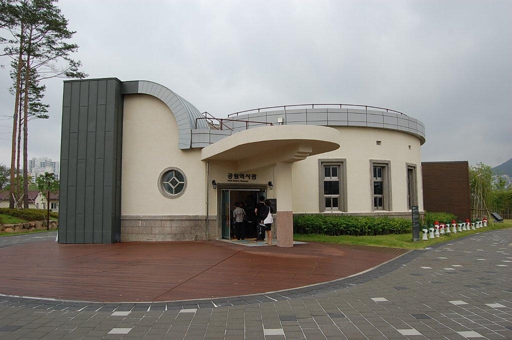 gate05_hanada_2